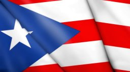 Getty_031512_PuertoRicoFlag