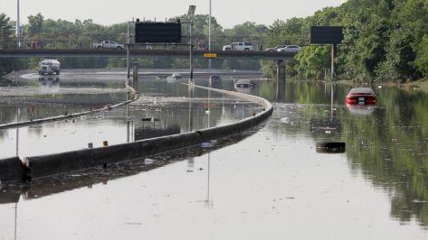 AP_texas_flood_jef_150526_16x9_992